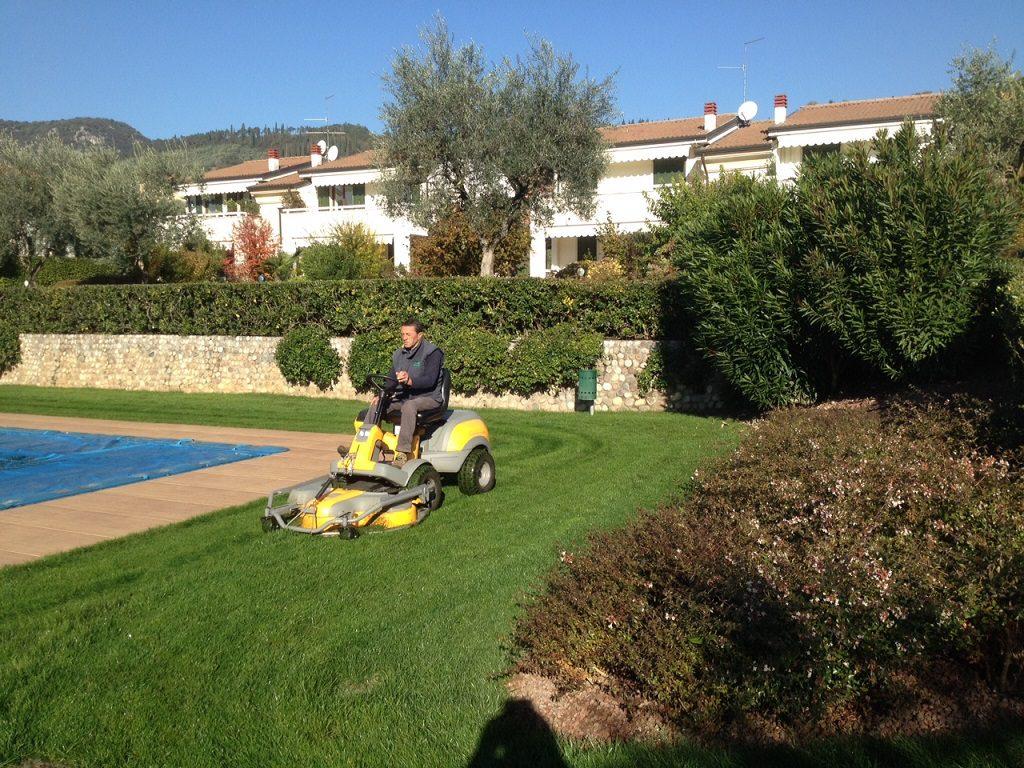 biopool garden design manutenzione giardini